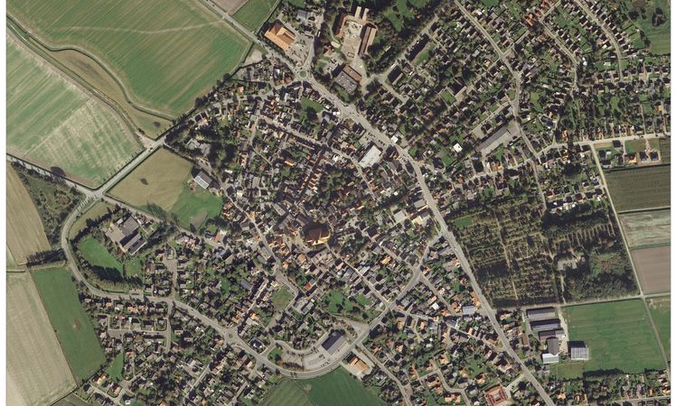 Luftbild vom Ortskern Wesselburen