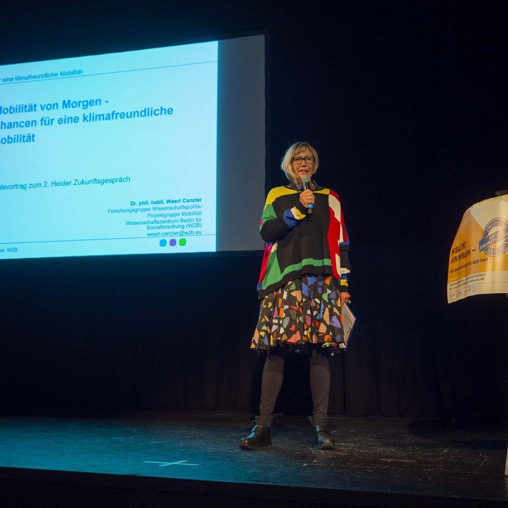 Moderatorin Katrin Fahrenkrug